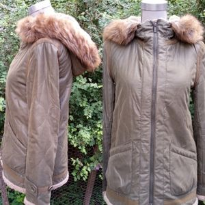 BCBG Maxazria sherpa quilted jacket size XS